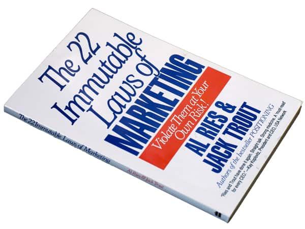 Libro Le 22 leggi del marketing
